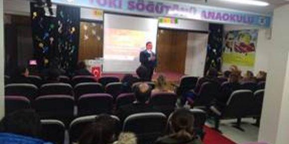 """Öğrenci Velilerine """"Dijital Kültürde Çocuk Yetiştirmek"""" isimli seminer verildi"""