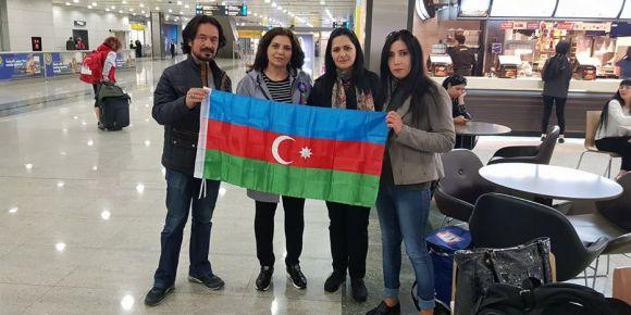 Twinnerlar Azerbaycan Yolcusu