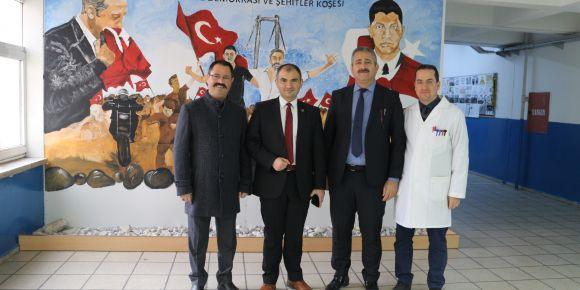 Kalite Geliştirme Daire Başkanı M.Salih Canbal okulumuzu ziyaret etti.