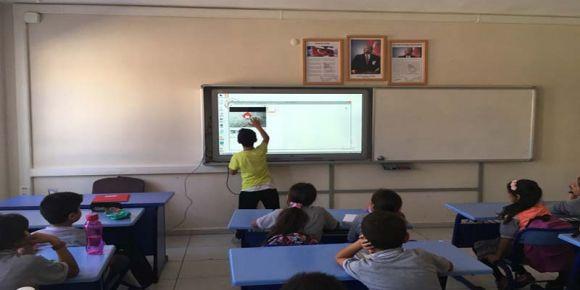 Aydın Didim Efeler Ortaokulu geleceği kodluyor