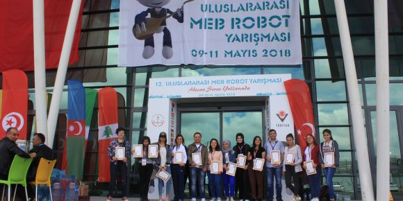 Robot takımımız 12. uluslararası Meb robot yarışmasında Türkiye 8.si oldu