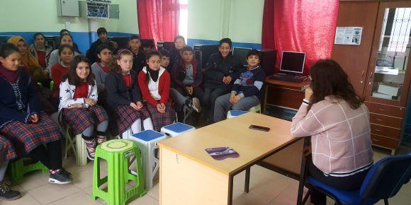 Okulumuzda öğrenci ve velilere bağımlılıkla mücadele semineri verildi