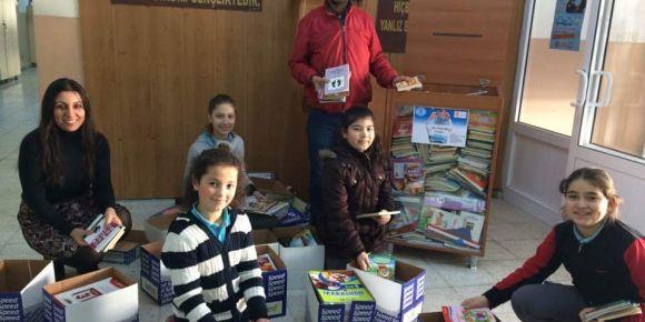 Manisa Şehitler Ortaokulu Kitap Kumbaram adıyla e-twinning projesi başlattı