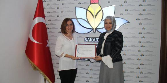 Sakarya'da Avrupa ve Ulusal Kalite Etiketi Ödülleri Sahiplerine Verildi