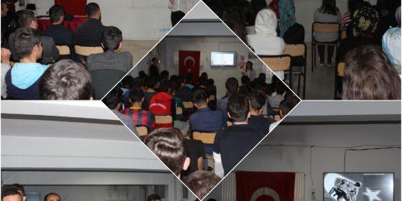 """Şemsettin Onay Anadolu Lisesinde """"Vatan Sağ Olsun"""" Konulu Söyleşi"""