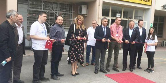 İstanbul Kadıköy Lisesi TÜBİTAK Bilim Fuarı'na ev sahipliği yapıyor...