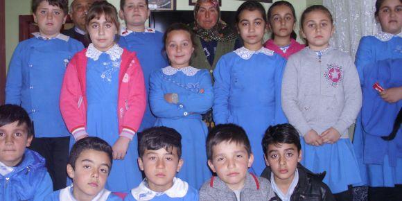 Şehit Piyade Uzman Çavuş Bilal Gülcan'ın annesini, evinde ziyaret ettik
