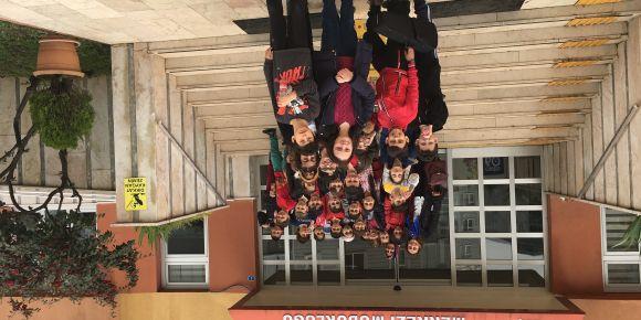 Hasköy Cumhuriyet İlkokulu Öğrencileri Huzurevini ziyaret etti