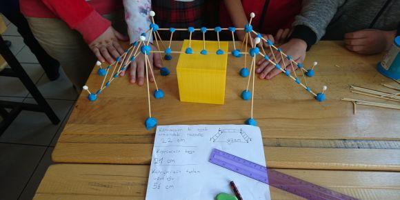 STEM ile fen ve matematik kazanımlarını pekiştirdiler