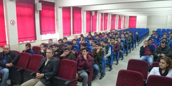 Düzce EML  elektrik elektronik teknolojisi alanı öğrencilerimiz İŞKUR seminerine katıldı.