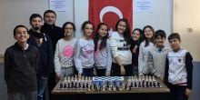 6. Sınıf öğrencilerimizle satranç turnuvası düzenledik