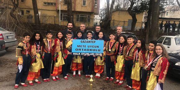 Gaziantep Halk Oyunları il birincisi olduk